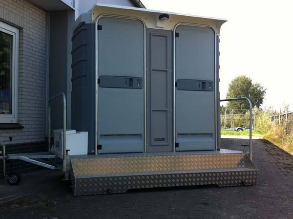 Chemisch Toilet Huren : Luxe chemisch toilet hjverhuur