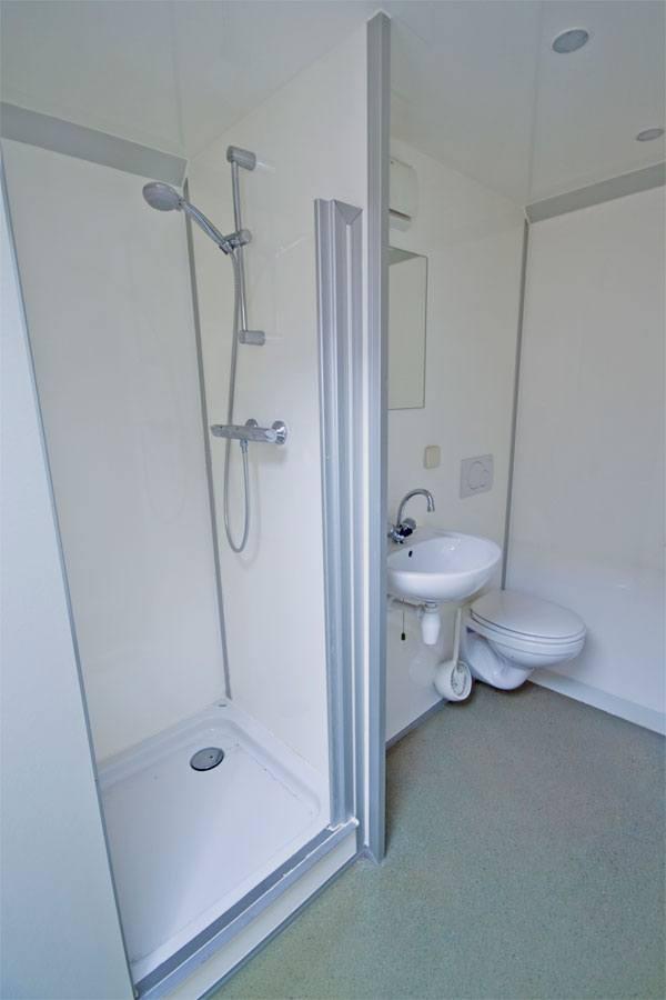toiletwagens, plaszuilen, mobiele badkamers,koelwagens | hj verhuur, Badkamer